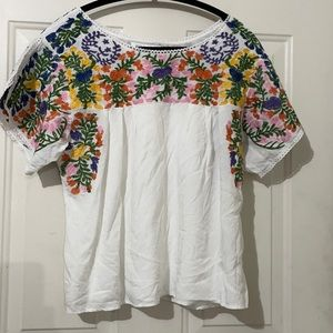 Cotton embroidered peasant blouse. M